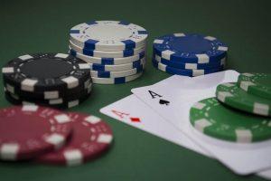 Hoe werkt Omaha hi/lo poker?